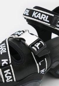 KARL LAGERFELD - ORBITAL RUN  - Sandały na platformie - black - 6