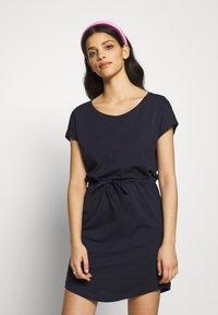 ONLY Petite - ONLMAY LIFE DRESS 2 PACK - Jersey dress - night sky/multi misty - 4