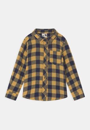 RUGGED - Skjorte - honey gold/navy
