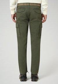 Napapijri - MOTO WINT - Cargo trousers - green depths - 1