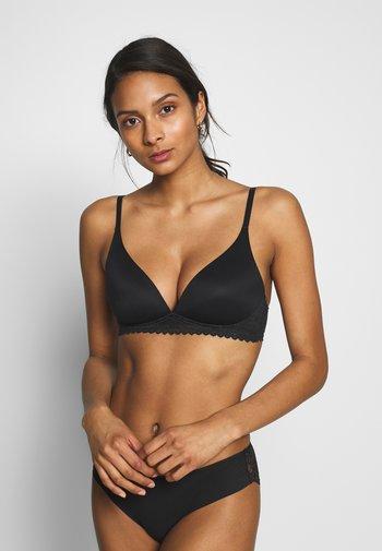 SOFT - Triangle bra - black