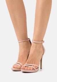 Steve Madden - BRYDGET - Sandály na platformě - blush - 0