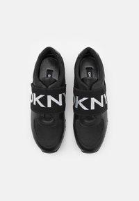DKNY - MARLI - Nazouvací boty - black - 4