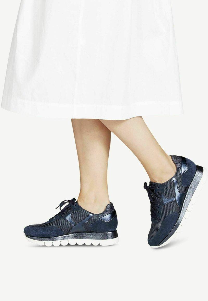 Tamaris - Sneakers laag - navy comb