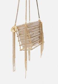 Rosantica - JAY - Käsilaukku - beige/gold-coloured - 5