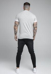 SIKSILK - ROLL SLEEVE TEE - T-shirt basic - grey/white - 2
