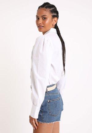 MIT PUFFÄRMELN - Button-down blouse - weiß