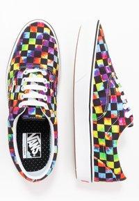 Vans - COMFYCUSH ERA - Skate shoes - black - 1