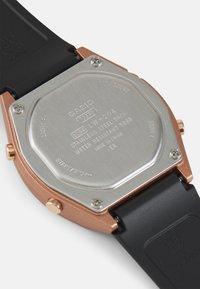 Casio - Digitální hodinky - rosegold-coloured/black - 2