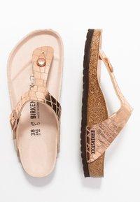 Birkenstock - GIZEH - T-bar sandals - gator gleam copper - 3