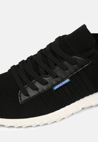 Jack & Jones - JFWTYSON - Sneakersy niskie - anthracite - 5