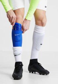 Nike Performance - MERCURIAL LITE - Schienbeinschoner - racer blue/black/silver - 0