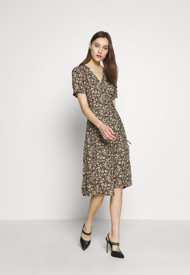 WRAP DRESS ODYSSEY - Robe d'été - multicoloured