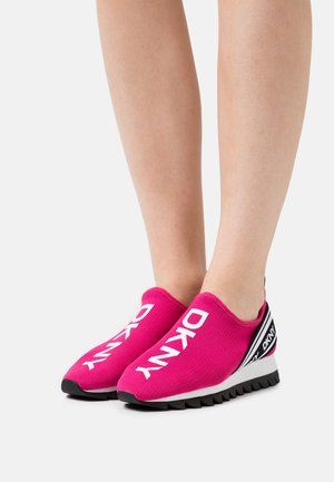 ABBI RUNNER - Trainers - jungle fushia/white