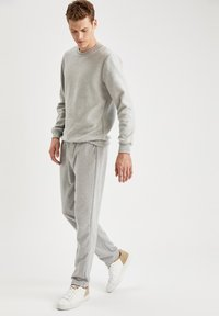 DeFacto - Sweatshirt - grey - 1