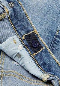 Kids ONLY - KONBLUSH - Jeans Skinny Fit - light blue denim - 4