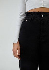 PULL&BEAR - PAPERBAG - Jeans baggy - black - 4