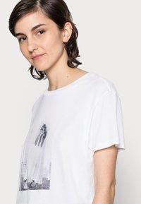 Marc O'Polo - Print T-shirt - multi - 4