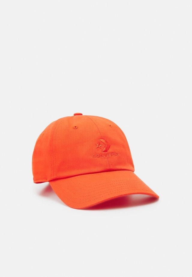 LOCK UP BASEBALL UNISEX - Cap - bright poppy