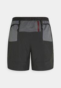 Nike Performance - FLEX STRIDE - Urheilushortsit - black - 1
