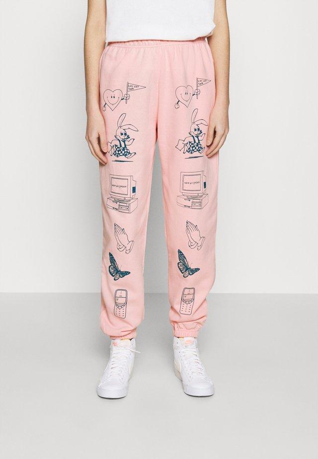 CLIP ART  - Träningsbyxor - pink