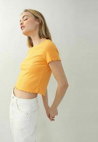 Pimkie - Print T-shirt - orange - 0