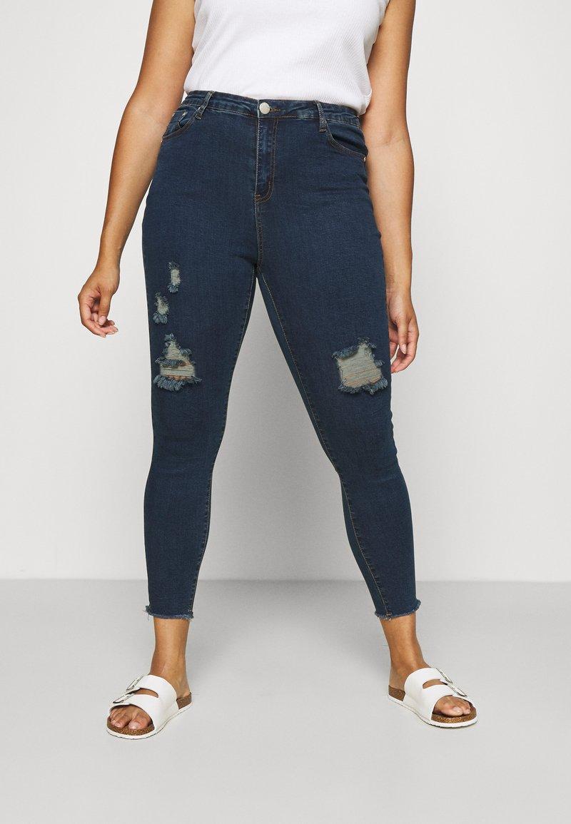 Glamorous Curve - RIPPED WREN - Jeans Skinny Fit - dark blue rinse
