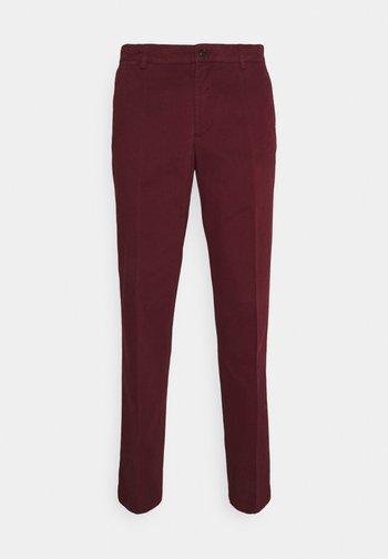 TRUMAN - Trousers - wine