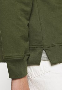 GAP - Mikina - army jacket green - 3