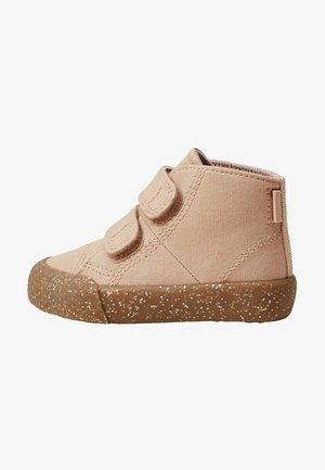 Sneakers laag - rose pâle