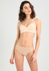 Chantelle - SOFT STRETCH - Thong - nude - 1