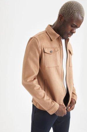 HEMDJACKE - Light jacket - beige