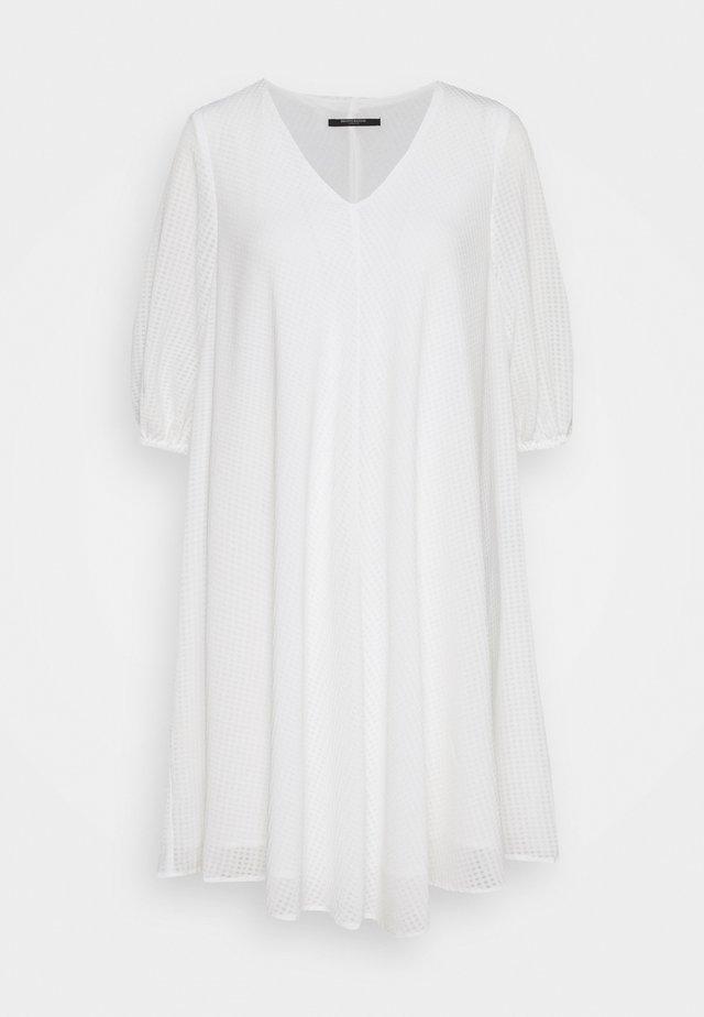 KALATEA ALLURE DRESS - Hverdagskjoler - snow white