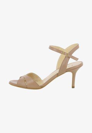 VERONICA - Chaussures de mariée - nude