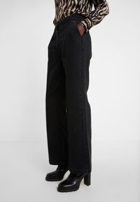 Bruuns Bazaar - ALLESIA MENELLE PANT - Flared Jeans - black - 3