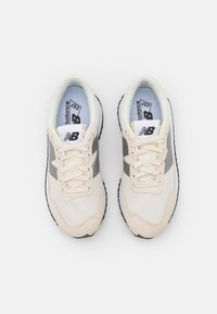 New Balance - WS237 - Trainers - sea salt - 5