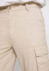 Newport Bay Sailing Club - PANT - Cargo trousers - stone - 6