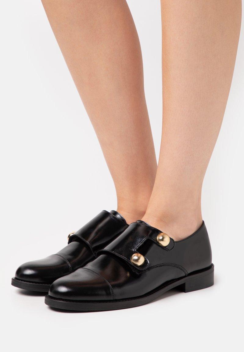 Jonak - DUSTA - Nazouvací boty - noir
