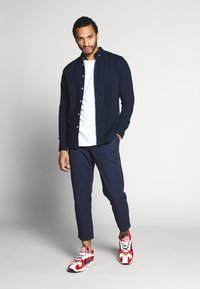 Only & Sons - ONSCAM CROPPED - Chinot - dress blues - 1