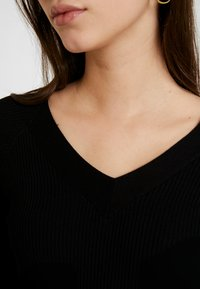 JDY - JDYPIPPA TREATS V NECK - Jumper - black - 5