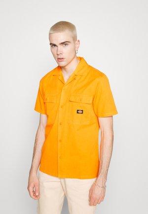 PAYNESVILLE - Shirt - cadnium yellow