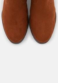 Tamaris - BOOTS  - Platform boots - brandy - 5