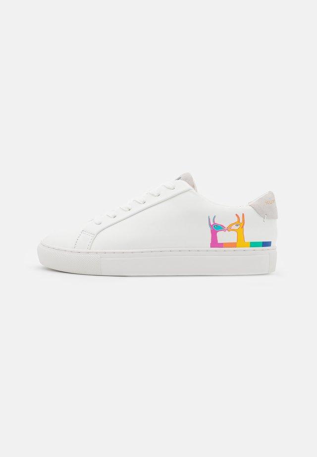 LANE LLAMA - Sneakers laag - white