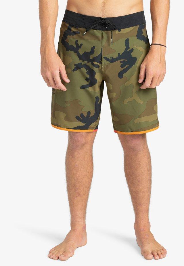 Shorts da mare - camo