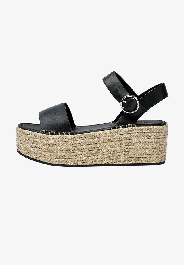 MIT SCHNALLE - Sandały na platformie - black