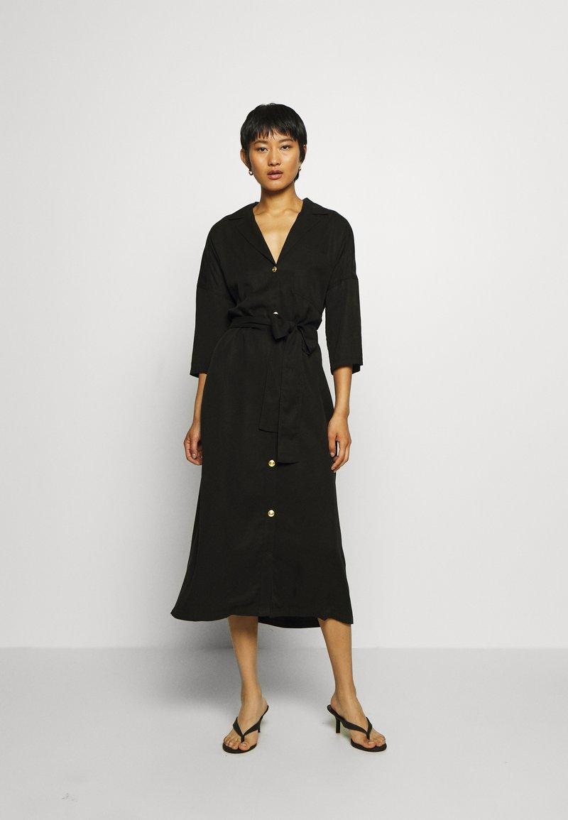 Twist & Tango - ALBA DRESS - Košilové šaty - washed black