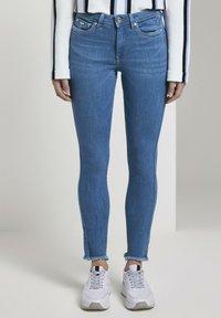 TOM TAILOR DENIM - Jeans Skinny Fit - azure blue denim - 0