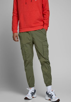 JOGGINGHOSE HOSEN - Jogginghose - olive night