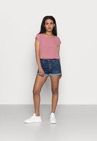 ONLY Petite - ONLVIC SOLID PETIT - Print T-shirt - mesa rose - 1