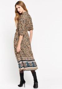 LolaLiza - LEOPARD PRINT - Shirt dress - brown - 1